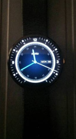 Motorola-360-smart-watch-ak_L1572385511-1430759500_lg.jpeg