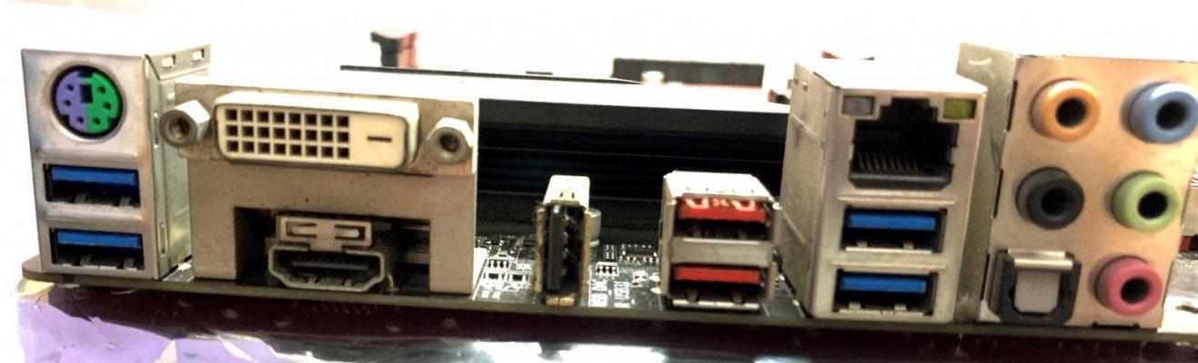 mb-port-2.jpg